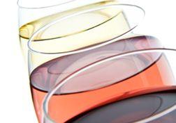 Rosé: gewoon een mengsel van witte en rode wijn of toch meer dan dat?